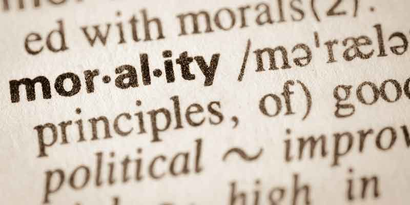 Morality, virtue, ethics, principles, standards, right and wrong, good and bad, moral decline, are we losing our morality, what is the basis of right and wrong, how do we determine right and wrong, right vs wrong examples, moral character, personal values, Frank Sonnenberg